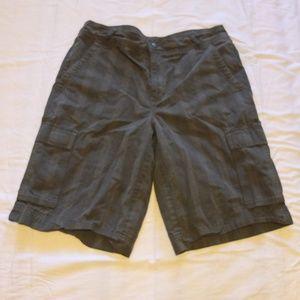 PATAGONIA Plaid Cargo Shorts Size W33